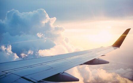 Update Spanish regulations regarding international travellers.