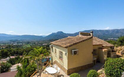 Huis te koop in Alcalali